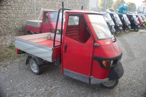 Ape 50 Pritsche Aluminium - Rot - Gebraucht